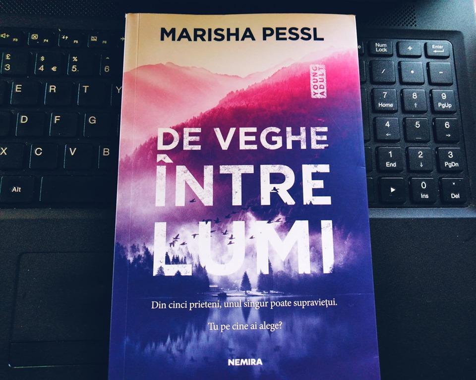 "Recenzie: ""De veghe între lumi"" de Marisha Pessl"
